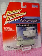 Volkswagen 1966 Type 2 Camioneta ❀ Gray Bus ; Blanco Topes ❀ Cragar ❀ Johnny