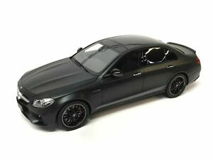 Mercedes-AMG E63 4MATIC + Edition 1 Night Black 1:18 B66963111 Genuine New