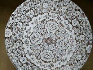 "Circular diameter 130cms (51"") cream 100% polyester table cloth. New no tags"