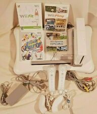 Nintendo Wii Console RV with Balance Board 4 games including Wii Sports and Fit