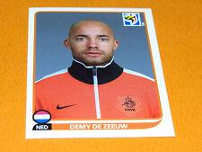 344 DE ZEEUW NEDERLAND KNVB PANINI FOOTBALL FIFA WORLD CUP 2010