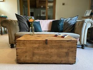 Old Wooden CHEST, Rustic PINE Blanket TRUNK, Coffee TABLE, Vintage Storage BOX