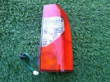 2002-2004 NISSAN XTERRA PASSENGER SIDE TAILLIGHT W/WIRE HARNESS OEM SEE PHOTO