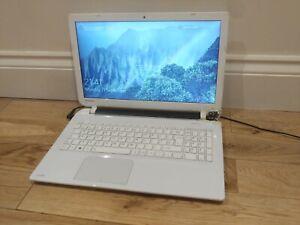 Toshiba Satellite L50-B-1N8 Laptop Intel Core i3 4GB Ram 500GB HDD