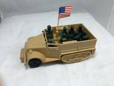 Marx Toys WW2 Training Center Halftrack w/8 Marines & Flag (Tan HP) 60mm