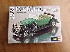 ViNTAGE REVELL 1931 CADILLAC PHAETON 1:48 MODEL CAR KIT