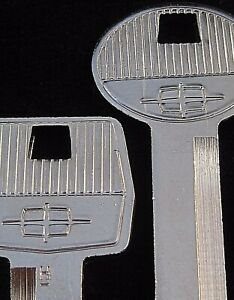 LINCOLN OEM Logo KEY BLANK SET fit Continental 1985-88; Town Car, Mark VII 85-92
