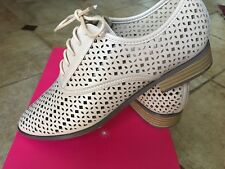 Shoe Dazzle Women's shoes beige Lilia size 9.5