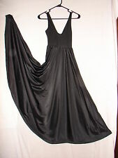 Vintage Black Grand Sweep Gown nightgown gown~ Size Medium nice timeless design