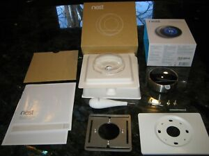 Google Nest Learning Thermostat - 1st Generation T100577 - COMPLETE
