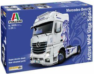 Italeri 1/24 Mercedes-Benz Actros MP4 Giga Space