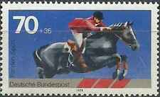 Timbre Chevaux Allemagne 815 ** lot 27165