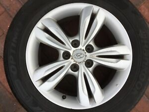 "HYUNDAI ix35 17"" ALLOY WHEEL & TYRE 52910-2Y200 6.5JX17 GENUINE OEM PART #4"