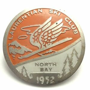 1952 Laurentian Ski Club North Bay Ontario Metal Button Brooch Badge Pin B111