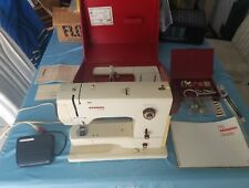 Bernina Minimatic 807 Sewing Machine w Manual & Accessories WORKS GREAT