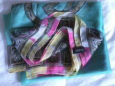 Gucci scarf vintage logo design 100 % silk made in Italy  multicolor