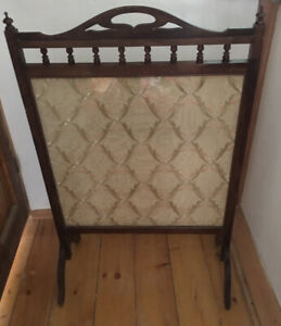 ART DECO Vintage FIRE SCREEN Oak with vintage material insert