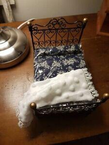 Miniature Doll House Accessories White Throw Rug 1:12th scale soft fur