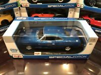 9*EXCLUSIVE* Maisto 1:18 Scale Diecast Model Car - 1969 Dodge Charger R/T (Blue)