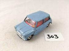 NICE CORGI TOYS # 226 MORRIS MINI MINOR BLUE (RED INTERIOR) DIECAST CAR 1960