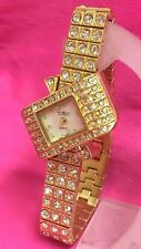 Beautiful Design Luxury Woman Lady Watch Gold Colour with Rhinestones
