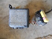 1996 SUZUKI ESTEEM 1.6L MAIN FUSE AND RELAY BOX UNDER HOOD