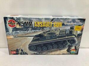 AIRFIX HO/OO plastic 75mm German Assault Gun 01306