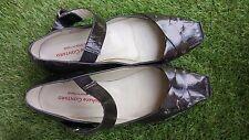 Chaussures sandales cuir STÉPHANE GONTARD pointure 38 en très bon état.