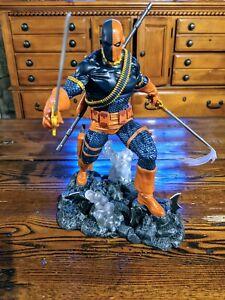 Diamond Select DC Gallery Deathstroke PVC Statue Batman Rogue