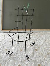 Pot/Plant Holder - Wire Chair