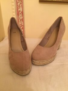 Beige Wedge Shoes size 5,wedge 4 inches, BRAND NEW