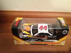 Tony Stewart #44 Shell 1998 Pontiac Mint 1:64