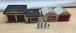 POla  Airfix Service Center & Service Station with pumps