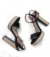 Betsey Johnson Women's Mattie Glitter Velvet Platform Heel Black and Gold Size 9
