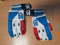 CA PLUS 8000 CRICKET BATTING GLOVES BRAND NEW IN GENUINE PACKAGING RIGHT HANDED