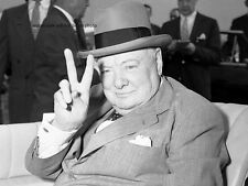 "Winston Churchill V for Victory 8""x 10"" World War II Photo Picture #24"