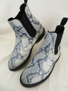 Dr Doc Martens Flora Chelsea Boots Light Grey Blue Women's US 10 Faux Snakeskin