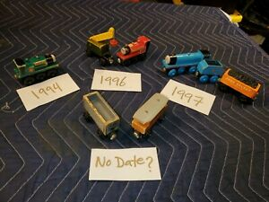 Lot of 8 Thomas the Train & Friends Wooden Magnetic Trains Engines Cars *RARE*