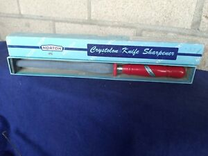 Vintage Norton Crystolon Knife Sharpener Cutlery Wooden  RED Handle Old Stock