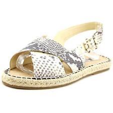 Calzado de mujer sandalias con tiras planos beige