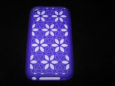 XtremeMac Silicone ipod Touch 4th gen case Tuffwrap Tatu Purple / Daisy Pattern