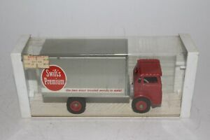 """Winross 1960's White Trucks Cabover """"Swifts Meats"""" Delivery Truck,  Nice Boxed"""