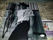 Garth Brooks (Legend) Signed B&W 11x14 with Inscription in person JSA CERTIFIED