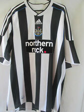 Newcastle United Home Football Shirt Signed by 2009-2010 Squads with COA /12319
