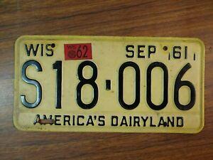 1961-62 WISCONSIN America's Dairyland License Plate # S18-006