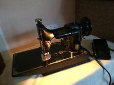 Vintage Singer 221K Featherweight Sewing Machine,Quilting,Crafts,Textiles.