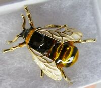 Vintage style bee brooch realistic yellow black white enamel best quality pin
