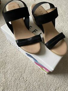 Office Maze Espadrilles wedge Sandals Black Size 7/40 New Boxed.
