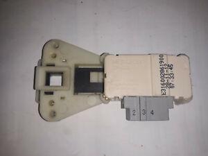 C00085194 INDESIT IWC71680FR sécurité de porte lave linge