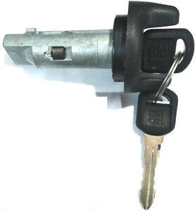 New CHEVY GM Ignition Lock Cylinder Tumbler Key Switch W/ 2 OEM Logo Keys